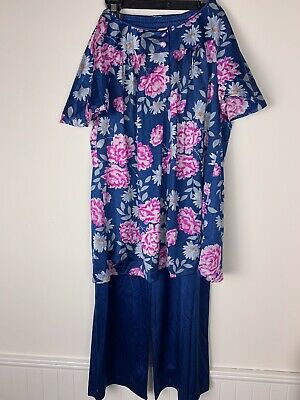 Vintage Ladies Size 34 Vanity Fair Blue & Pink Floral Print Nylon Pajamas & Robe