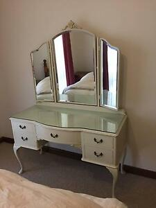 Queen Anne Dressing Table and Stool Stirling Weston Creek Preview