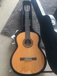 Rare Spanish hand-made Classical  guitar Edgecliff Eastern Suburbs Preview