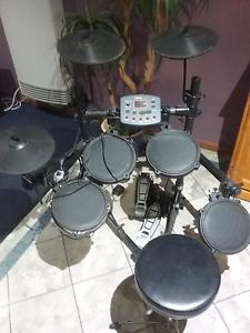 DTronic Q2 Plus Electronic Drumkit Wodonga Wodonga Area Preview