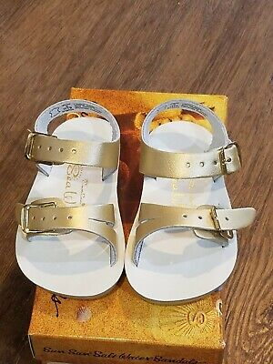 New Sun-San Salt Water Sandals,water safe Sea Wee style,gold infant 4,NWT