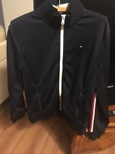 Tommy Hilfiger zip up sweater (in new condition)