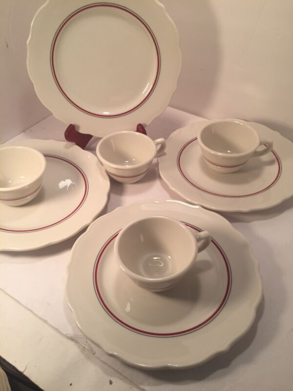 "Vintage Syracuse Restaurant China Scallop Edge 10""D.plate & CupSet of 4"