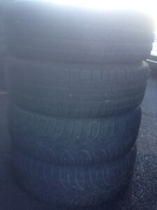 4-215/70R16 Bfgoodrich Winter tires