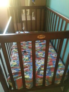 baby/children bed for sell, Jolly, 70% new Meadowbrook Logan Area Preview