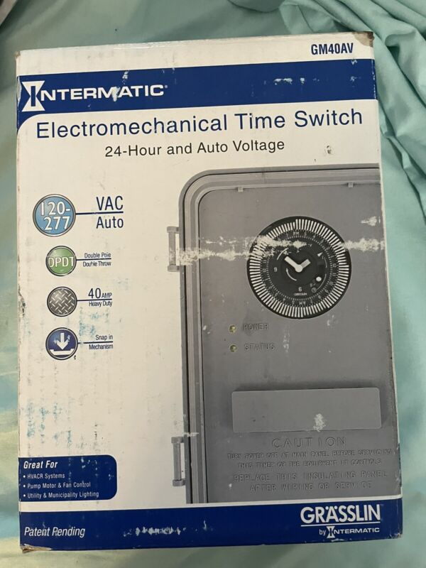 Intermatic DTAV40 Auto-Voltage Defrost Timer, 2 HP NEMA 3R (120-240V)