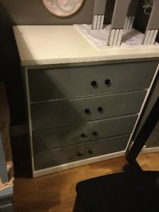 White & grey small dresser - 1 available