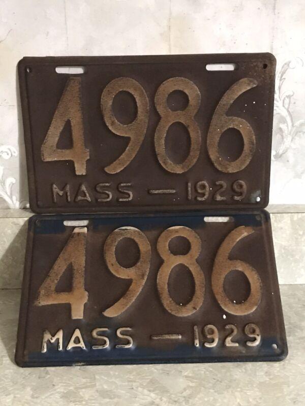 1929 Massachusetts 4 Digit License Plate