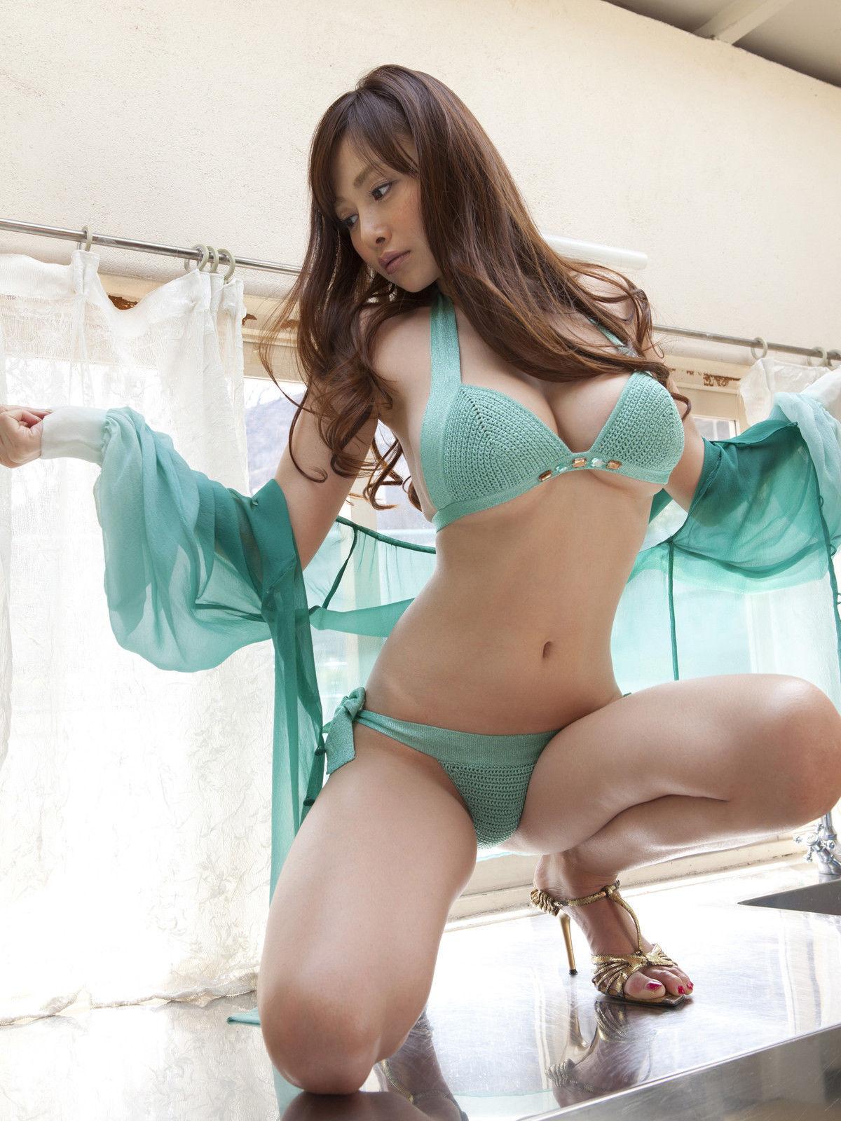 Amisha patel cute nude babes