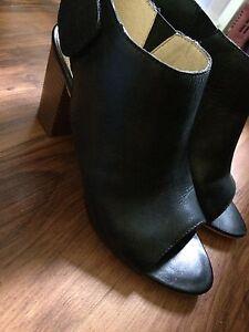 Pegabo, Black, Heels