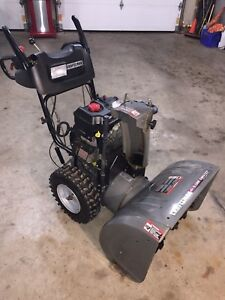 "Craftsman 9.5 hp 27"" Snowblower"