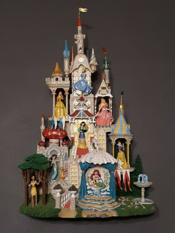 The Enchanted Disney Princess Castle Danbury Mint