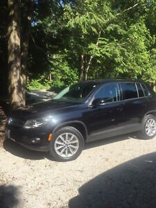 2013 Tiguan With Extended Warranty Direct From VW!