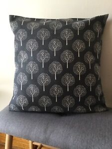 Grey/White Tree Cushion Cover
