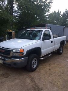 05 gmc 2500 with v plow