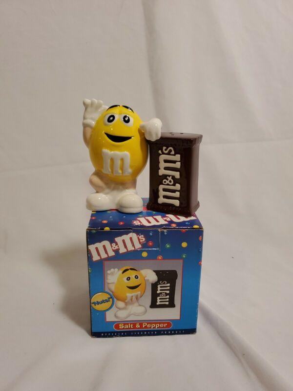 M&M Yellow M&Ms Salt And Pepper Shakers Benjamin & Medwin