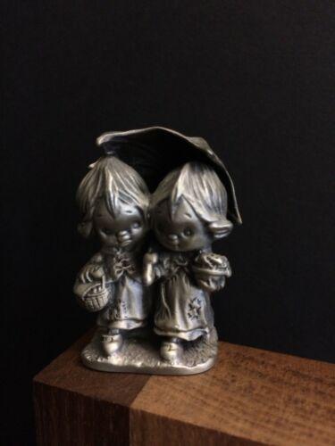 VTG Hallmark Little Gallery Pewter Figurine Betsey Clark Picnic Basket Umbrella