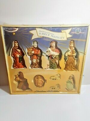 Vintage 1991 Nativity 9 Piece Hand Painted Porcelain Christmas Collectibles Set