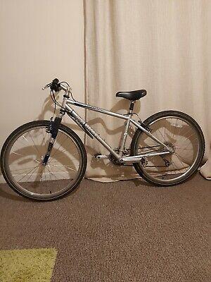 """Specialized rockhopper mountain bike 15"""""""