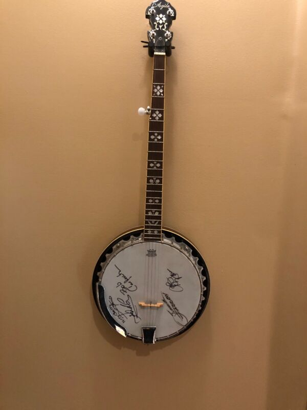 Nitty Gritty Dirt Band Autographed BANJO MOTHER OF PEARL DETAIL Rare 50th Tour‼️