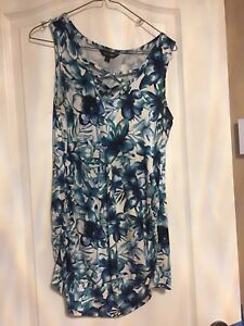 Maternity tank top size small