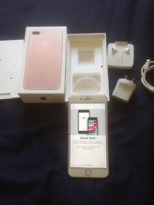 Apple iPhone 7 plus 32 gb Rose Gold ( unlocked ) great condition