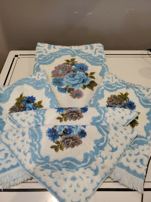 Vintage Fashion Manor Decorator Collection Sculptured Cotton Blue Towel Set of 5