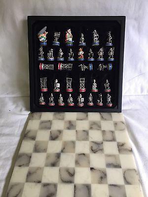 Asterix Mayfair Schachfiguren mit Marmorbrett Mayfair Edition