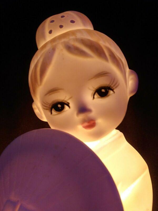 Vtg. I.W. Rice night light plug in Asian girl Japan 7 in. Porcelain
