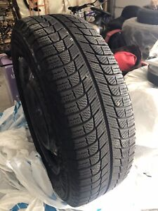 WINTER IS COMING!LIKE NEW MICHELIN SNOW TIRES P195/65R15...$450