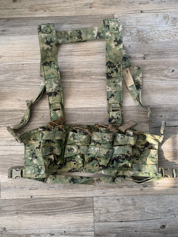 New First Spear AOR2 SCAR H CHEST RIG