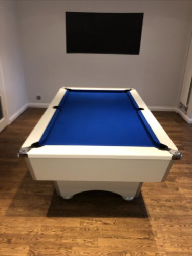 7ft by 4ft White Pool Table - Great Condition