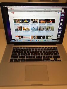 LIKE NEW 2010 MacBook Pro 15.4""