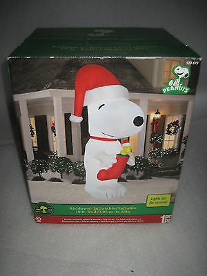 Brand Gemmy Huge 10 Feet Snoopy & Woodstock Christmas Inflatable Airblown