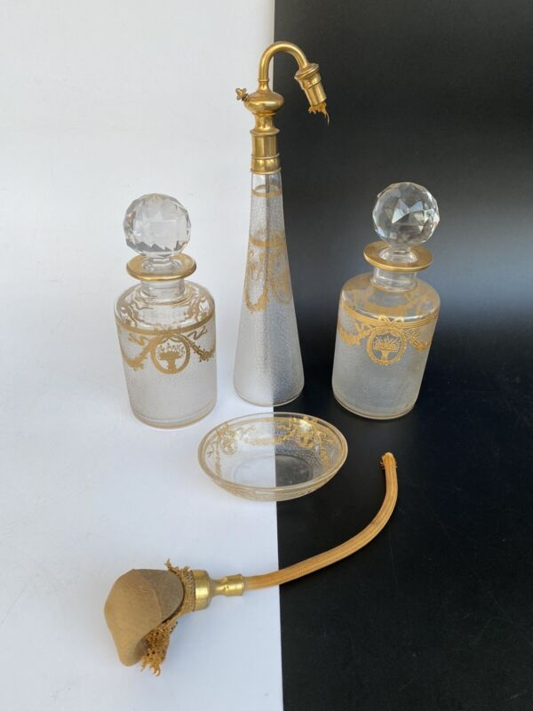 Antique SAINT ST. LOUIS CRYSTAL GOLD ENCRUSTED Bathroom Vanity Bottles Set