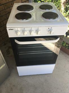 Electric Upright oven and cooktop near new