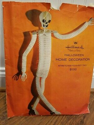 Vintage Hallmark 6 Foot Skeleton Home Decoration Halloween Ghost Spooky Rare