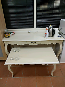 Small table New Farm Brisbane North East Preview