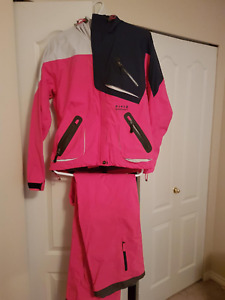 WOMEN'S SNOW BOARD JACKET & MATCHI G PANTS