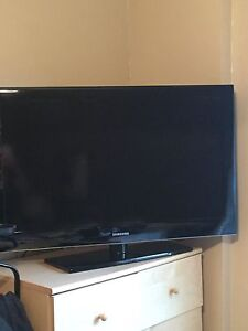 "40"" Samsung LED TV"