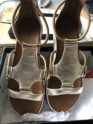 Inuova Gold Gladiator sandals Size 41 Perfect for your summer wardrobe