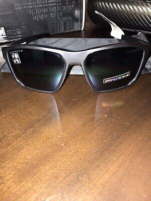 Oakley Men's Targetline Polarized Iridium Square Sunglasses, +Free Eyewear (Oakley 5 Squared Polarized)