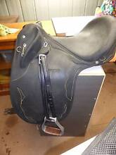 Wintec Stock Saddle with loads Accessories D'aguilar Moreton Area Preview