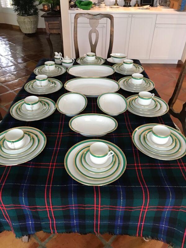 Ginori Palermo Green China 10 5 pcs settings+ serving pcs/perfect pristine cond.