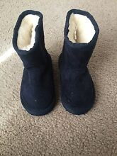 Ugg boots kids Keysborough Greater Dandenong Preview