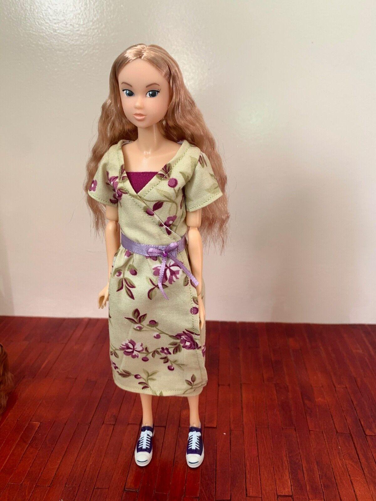 Dress for Momoko doll 1/6 scale.