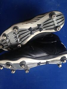 Football Cleats Size 10.5