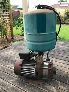 GRUNDFOS WATER PUMP Berkeley Vale Wyong Area Preview