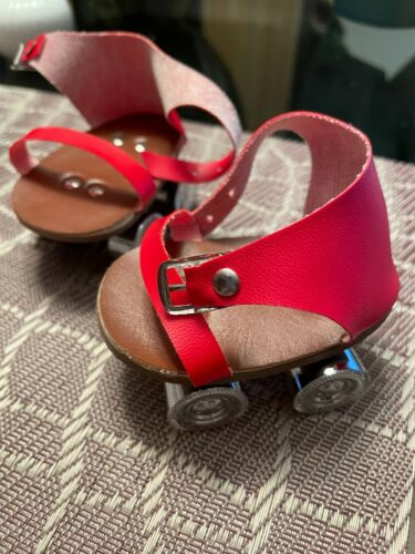 Pleasant Company American Girl Doll Molly Red Party Roller Skates