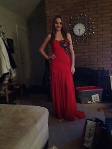 Red Prom Dress (hourglass shape)